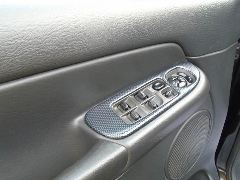 2004 Dodge Ram Pickup 1500 SLT 4dr Quad Cab 4WD SB - Cottage Hills IL