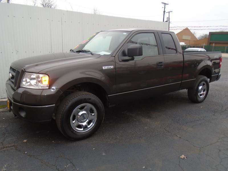2006 Ford F-150 STX 4dr SuperCab 4WD Styleside 6.5 ft. SB - Cottage Hills IL