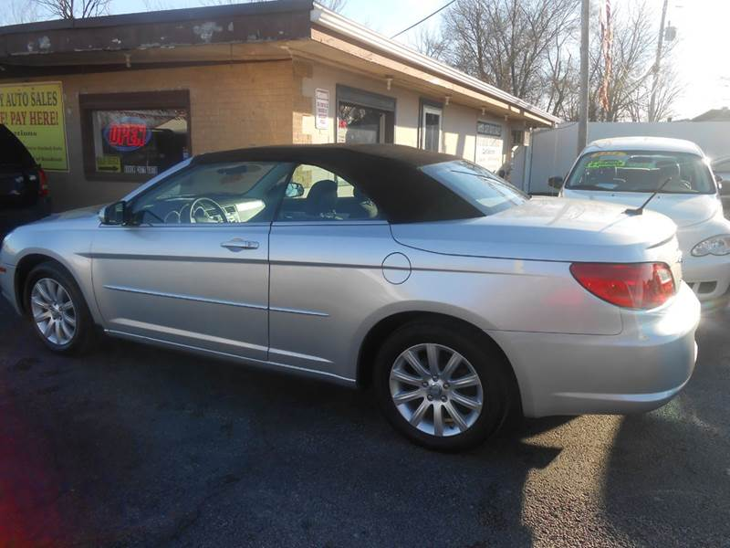 2010 Chrysler Sebring Touring 2dr Convertible - Cottage Hills IL