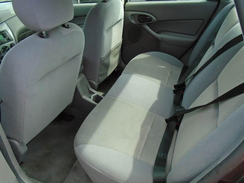 2004 Ford Focus ZTS 4dr Sedan - Cottage Hills IL