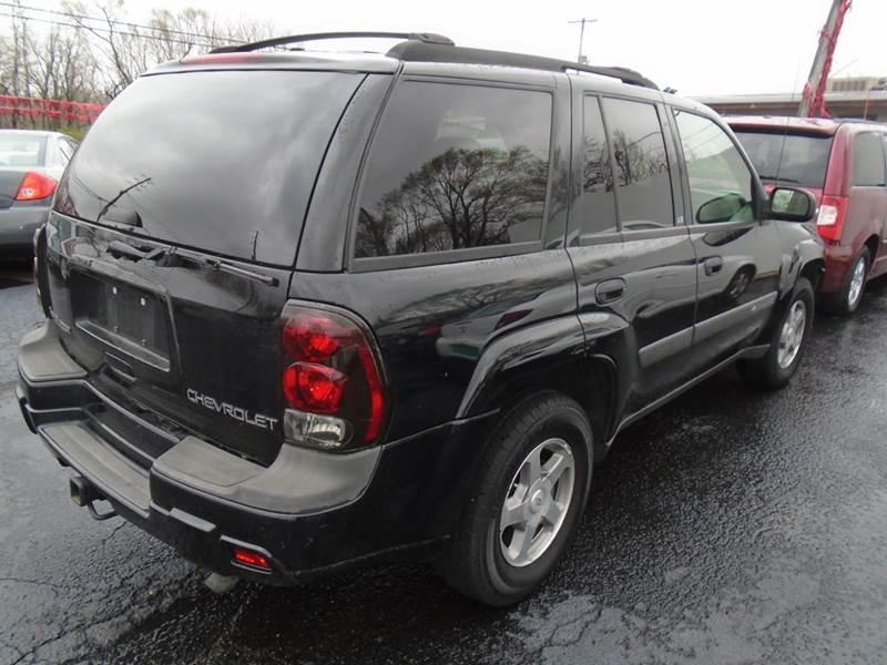 2004 Chevrolet TrailBlazer LS 4dr SUV - Cottage Hills IL