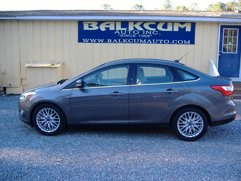 2012 ford focus sel 4dr sedan in wilmington nc balkcum auto since 1968. Black Bedroom Furniture Sets. Home Design Ideas