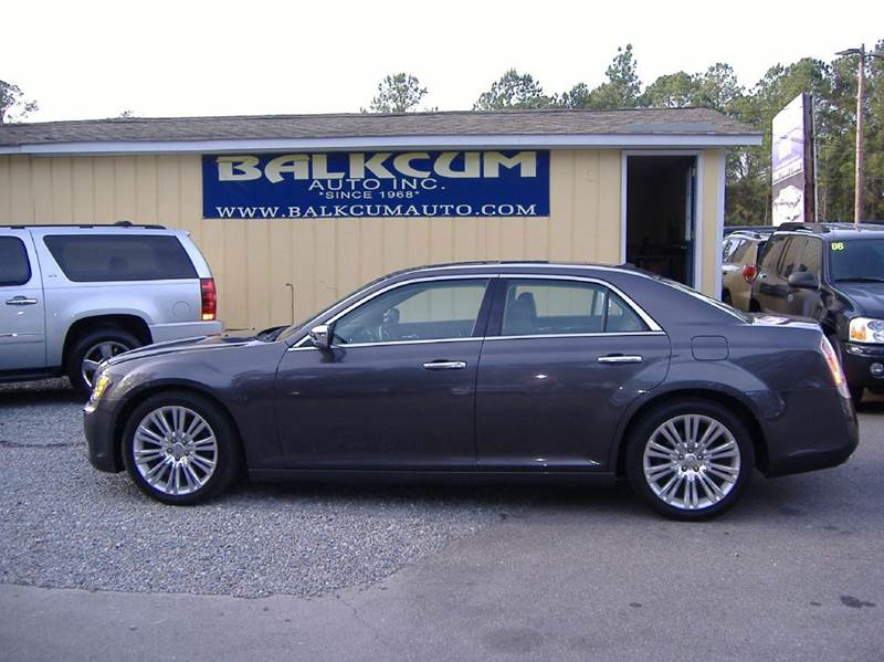 2013 chrysler 300 c luxury series 4dr sedan in wilmington nc balkcum auto since 1968. Black Bedroom Furniture Sets. Home Design Ideas