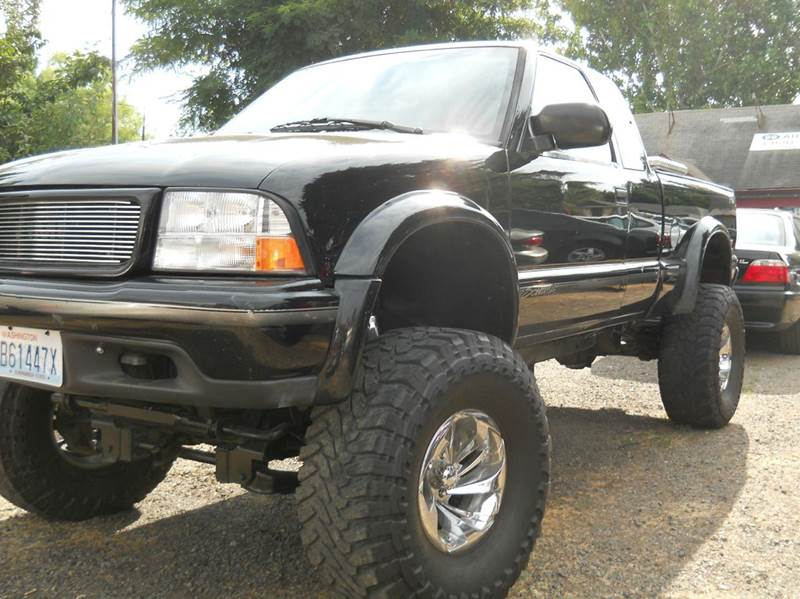 1998 gmc sonoma 2dr sls sport 4wd extended cab sb in vancouver wa 99 auto sales. Black Bedroom Furniture Sets. Home Design Ideas