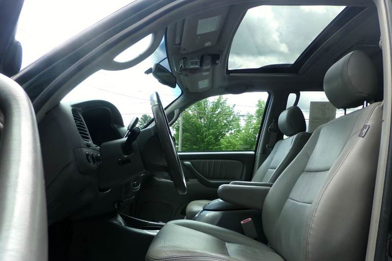 2007 Toyota Sequoia Limited 4dr SUV 4WD - Auburn NH