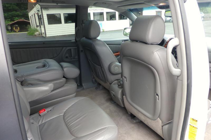 2008 Toyota Sienna XLE 4dr Mini-Van - Auburn NH