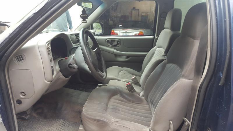 2003 Chevrolet S-10 2dr Standard Cab Rwd LB - Auburn NH