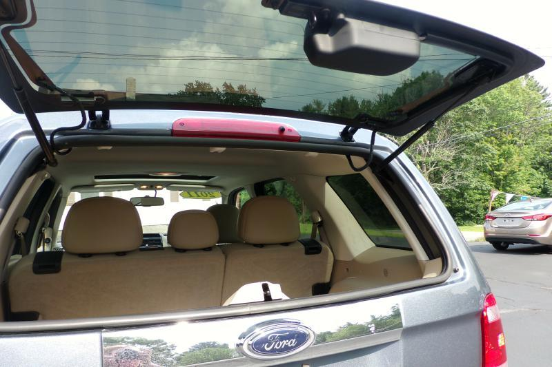 2011 Ford Escape Limited 4dr SUV - Auburn NH