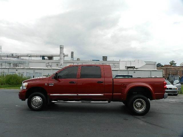 2008 Dodge Ram Pickup 3500 Laramie 4dr Mega Cab 4x4 SB w/Supplemental Side Airbags - Kernersville NC