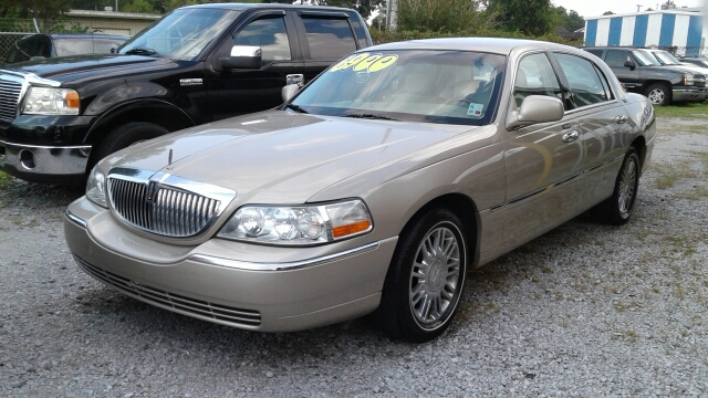 2007 Lincoln Town Car Signature Limited 4dr Sedan In Lake Charles La