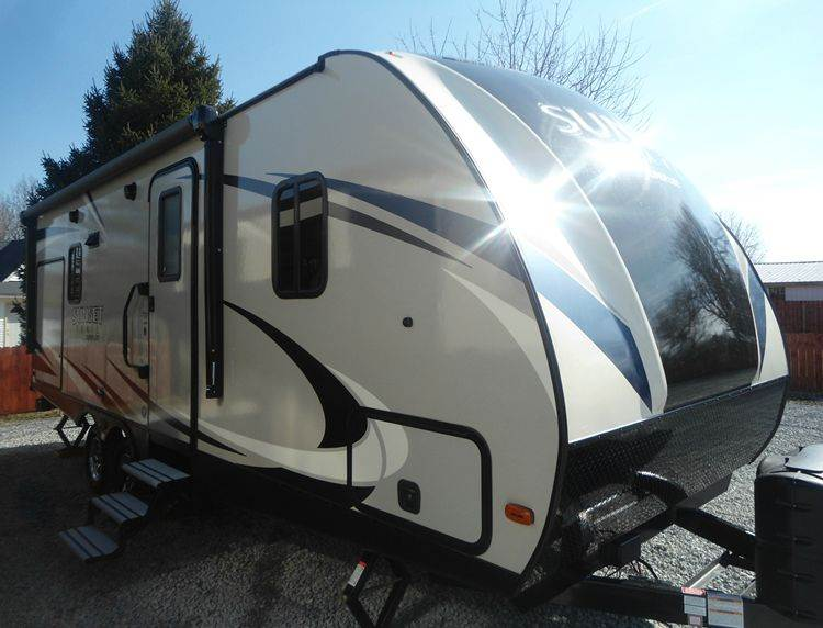 2017 SUNSET TRAIL 222RB  - Greenfield OH