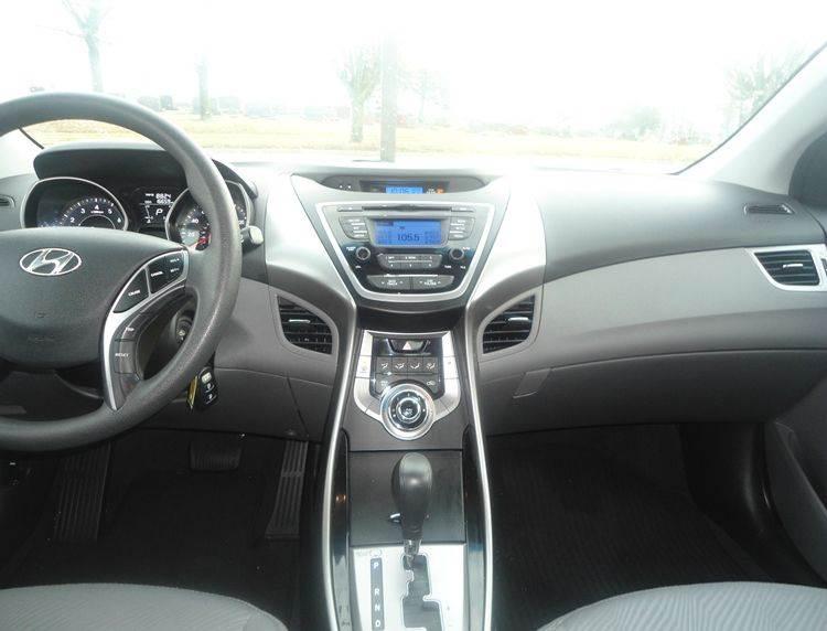 2013 Hyundai Elantra GLS 4dr Sedan - Greenfield OH