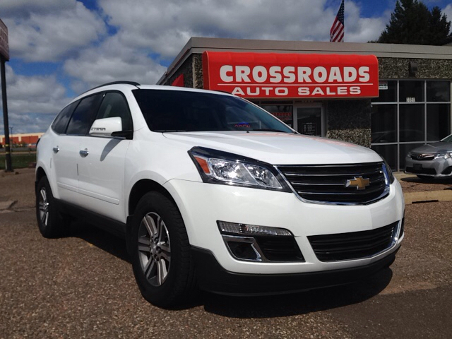 2016 chevrolet traverse lt awd 4dr suv w 1lt in eau claire wi crossroads auto sales. Black Bedroom Furniture Sets. Home Design Ideas