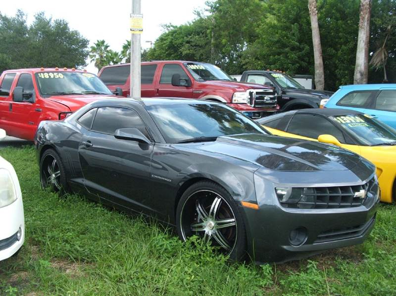 2011 chevrolet camaro ls 2dr coupe in hollywood fl dan 39 s deals on wheels. Black Bedroom Furniture Sets. Home Design Ideas