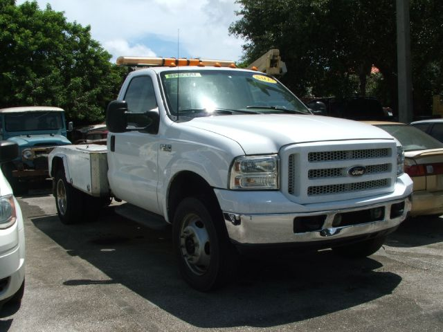 1999 ford f 450 super duty in hollywood fl dan 39 s deals. Black Bedroom Furniture Sets. Home Design Ideas