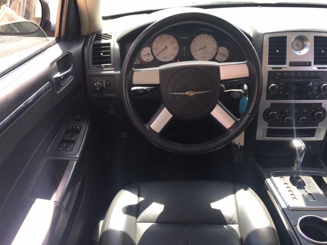2010 Chrysler 300 Touring 4dr Sedan - Austin TX