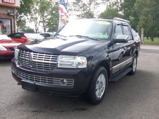 2007 Lincoln Navigator for sale in DETROIT MI