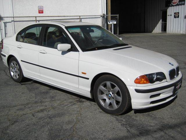 2000 bmw 3 series 323i 4dr sedan in banning ca auto source. Black Bedroom Furniture Sets. Home Design Ideas