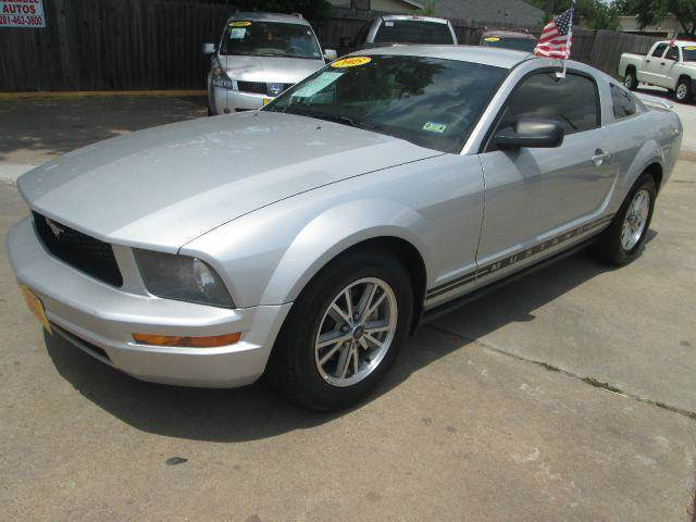 2005 ford mustang v6 deluxe 2dr coupe in houston alief for Thrifty motors houston tx 77084