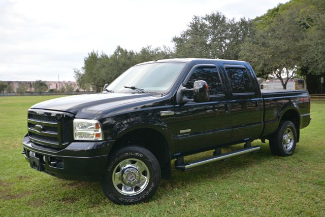 2006 FORD F250 CREW CAB 4X4 black this beautiful truck is truly a must see it is a very well k