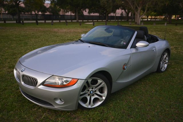 2004 BMW Z4 ROADSTER 30I silver a  perfect bmw roadster at a perfect low pricethis beautiful
