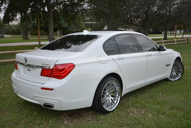 2011 BMW 7 SERIES 750  M SPORT alpine white rare options bmw 750i  m-sportgorgeous alpine whit