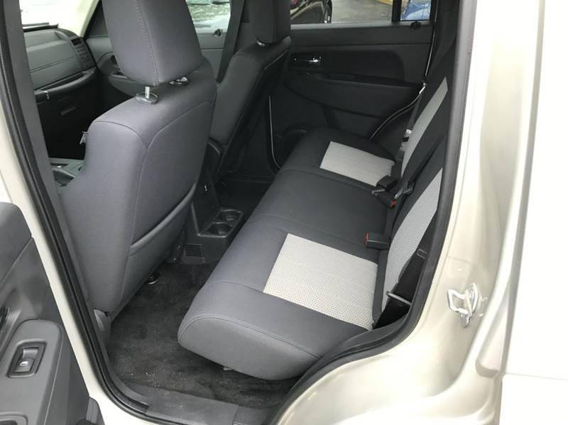 2009 Jeep Liberty 4x4 Sport 4dr SUV - Flushing MI
