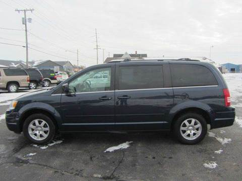 2008 Chrysler Town and Country for sale in Cadillac, MI