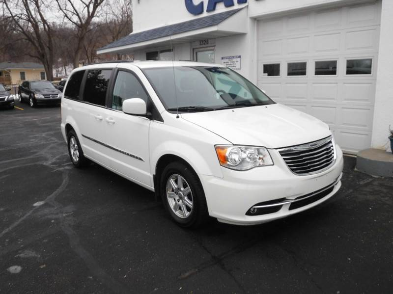 2012 chrysler town and country touring 4dr mini van in saint paul mn carver auto sales. Black Bedroom Furniture Sets. Home Design Ideas