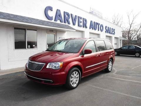 2015 Chrysler Town and Country for sale in Saint Paul, MN