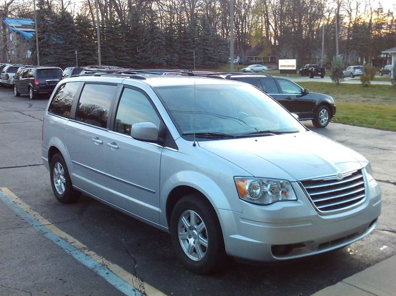 2009 chrysler town and country touring mini van 4dr in imlay city mi imlay city auto sales. Black Bedroom Furniture Sets. Home Design Ideas
