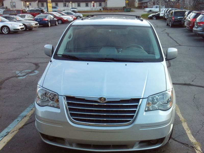 2009 chrysler town and country touring mini van 4dr in imlay city mi. Cars Review. Best American Auto & Cars Review
