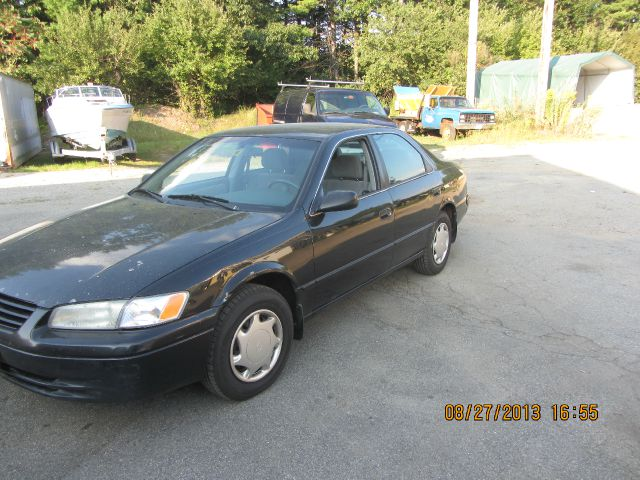 1999 Toyota Camry CE - New Boston NH