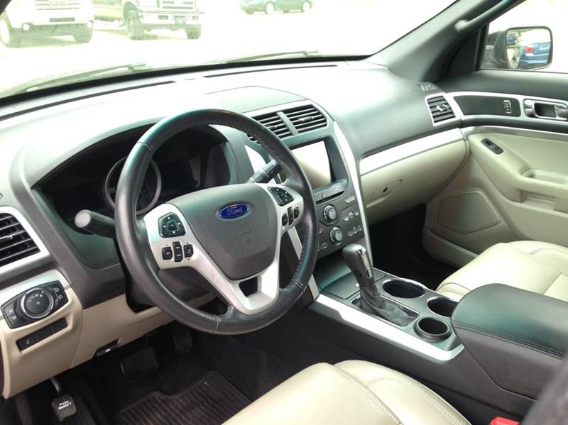 2013 Ford Explorer XLT 4dr SUV - Washington MO