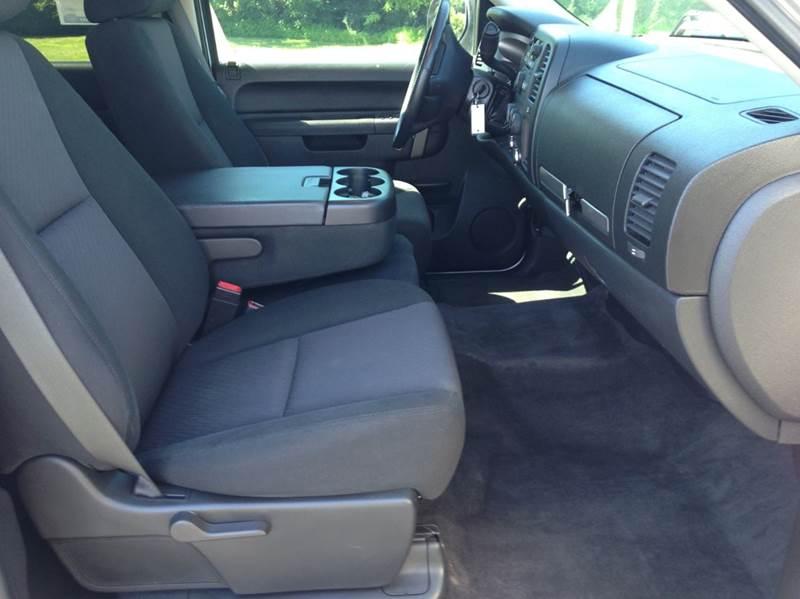 2010 Chevrolet Silverado 1500 4x4 LT 4dr Crew Cab 5.8 ft. SB - Washington MO