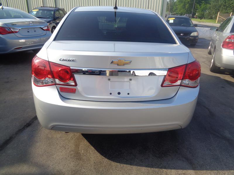 2012 Chevrolet Cruze LS 4dr Sedan - Lebanon TN