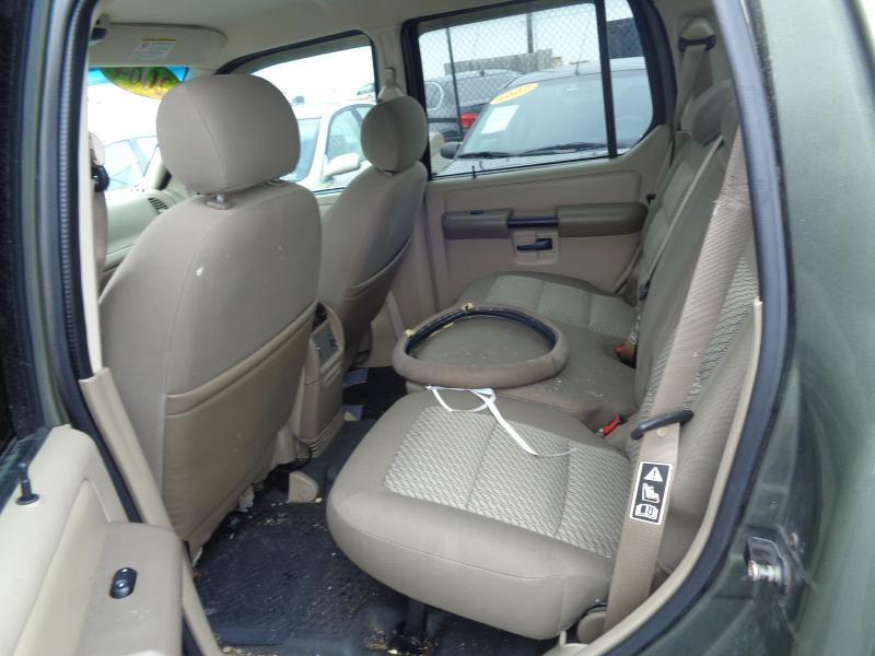2004 Ford Explorer Sport Trac  - Lebanon TN
