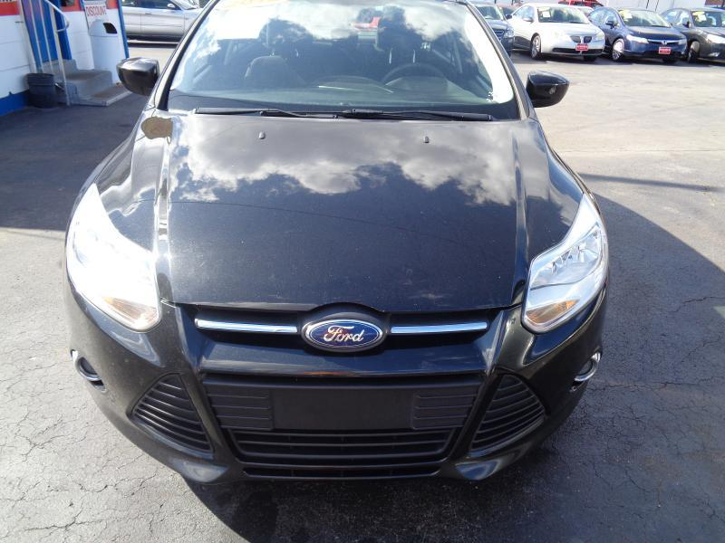 2012 Ford Focus SE 4dr Sedan - Lebanon TN