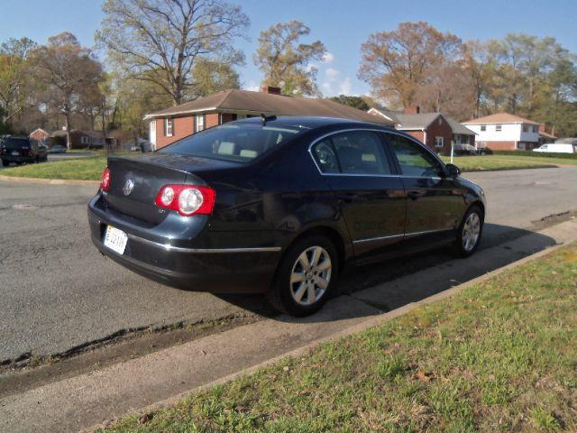 2006 Volkswagen Passat 2.0T - Virginia Beach  VA