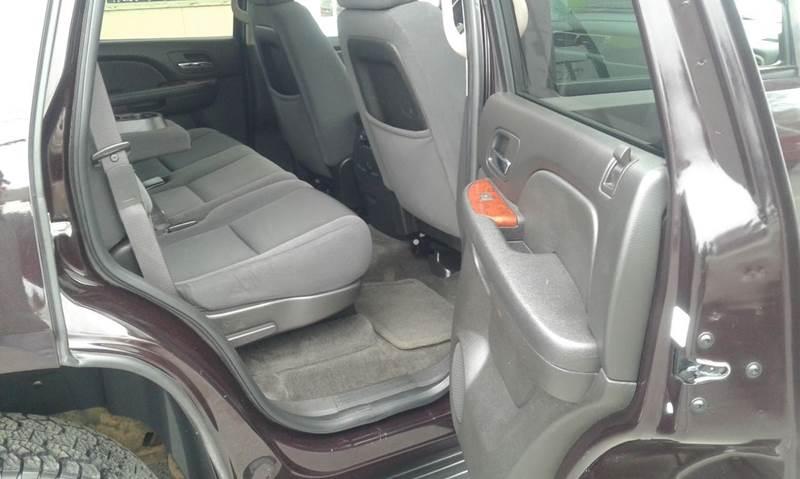 2009 Chevrolet Tahoe 4x4 LT 4dr SUV w/1LT - Cambridge NY