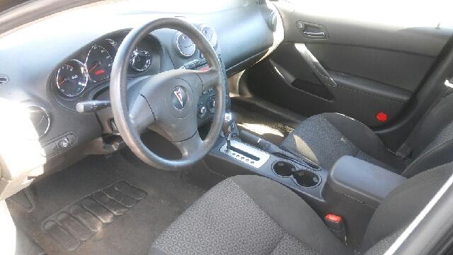 2009 Pontiac G6 Base 4dr Sedan w/1SA - Detroit MI