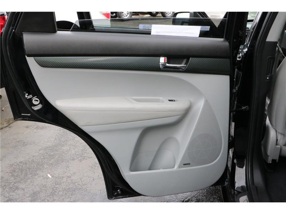 is third row seat kia suv all wheel autos post. Black Bedroom Furniture Sets. Home Design Ideas
