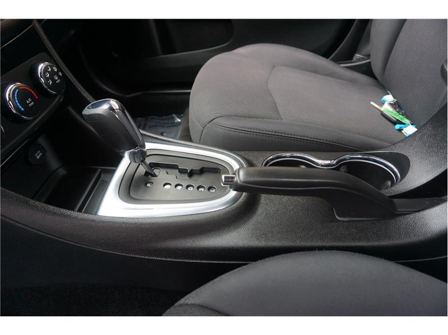 2013 Chrysler 200 LX 4dr Sedan - Burien WA