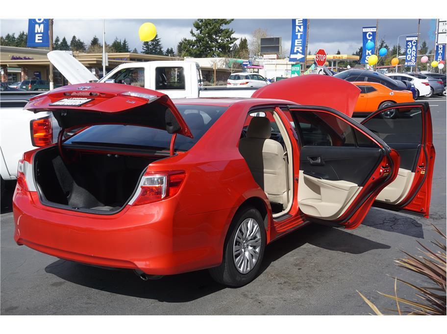 2014 Toyota Camry LE Sedan 4D - Burien WA