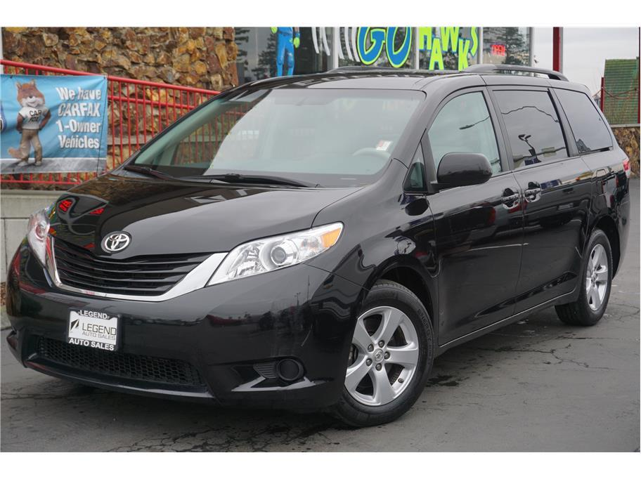 2014 toyota sienna le minivan 4d in burien wa legend auto sales. Black Bedroom Furniture Sets. Home Design Ideas