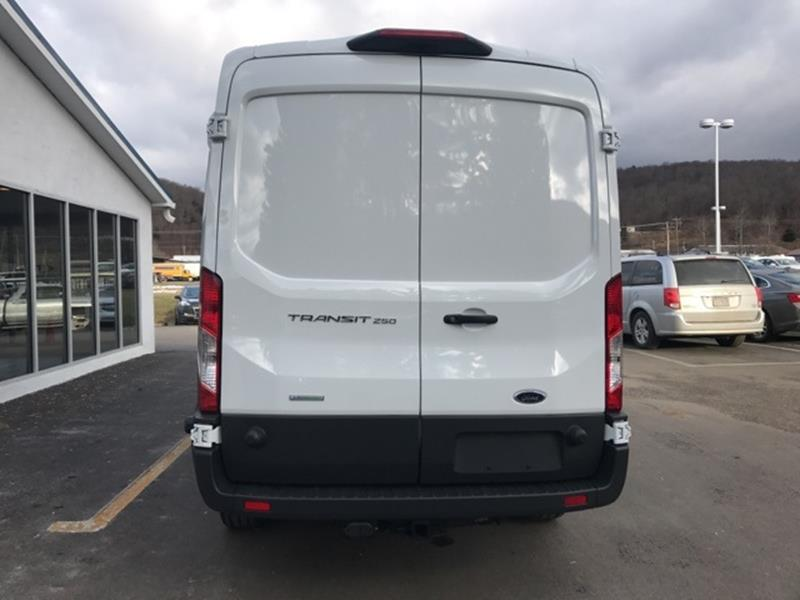 c67bd675a4 2018 Ford Transit Cargo 250 3dr LWB Medium Roof Cargo Van w Sliding ...
