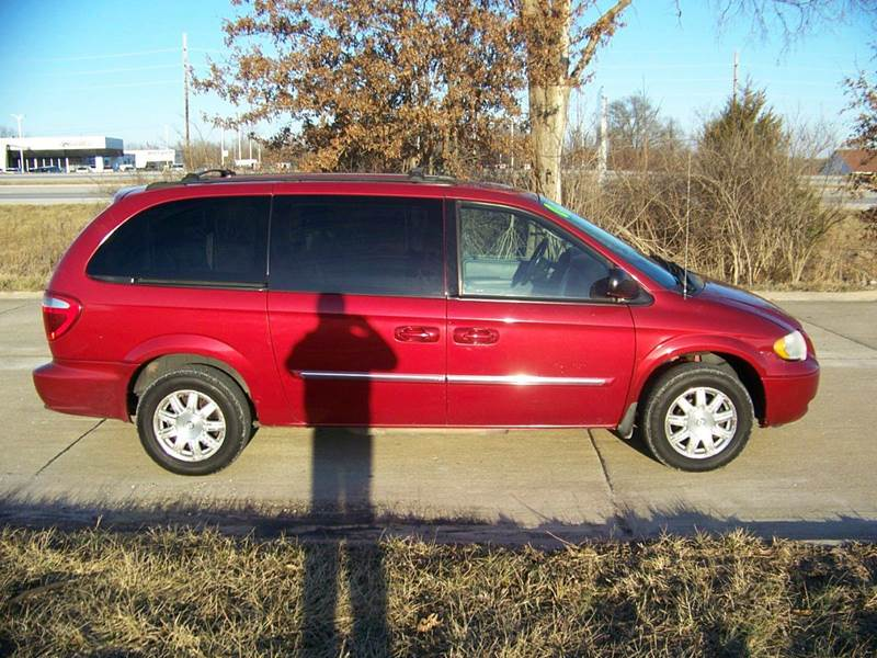 2006 chrysler town and country touring 4dr extended mini van in troy mo j l auto sales. Black Bedroom Furniture Sets. Home Design Ideas