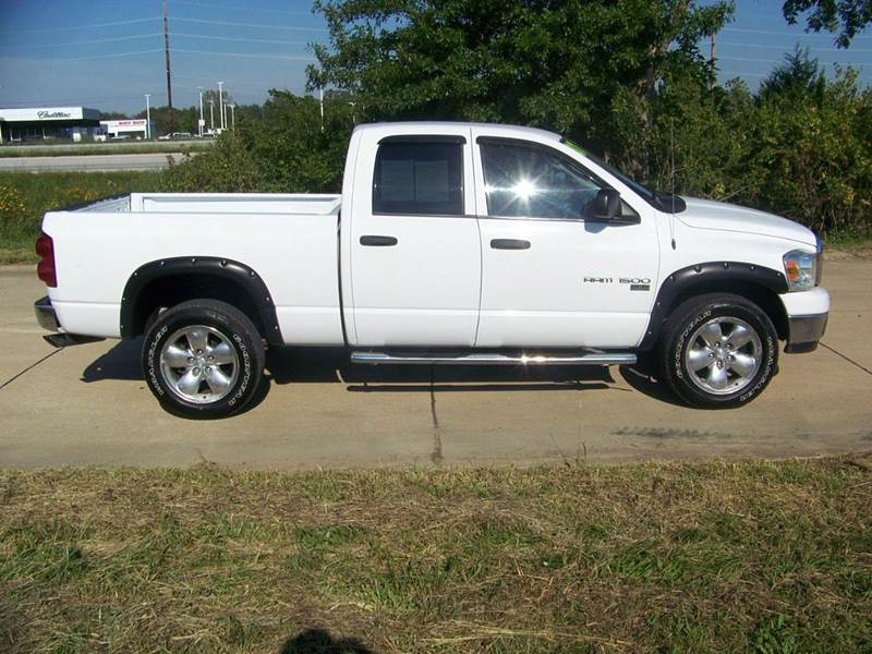 2007 dodge ram pickup 1500 slt 4dr quad cab 4wd sb in troy mo j l auto sales. Black Bedroom Furniture Sets. Home Design Ideas
