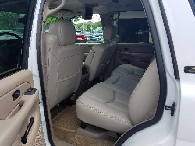 2004 Chevrolet Tahoe LT 4WD 4dr SUV - Kansas City MO