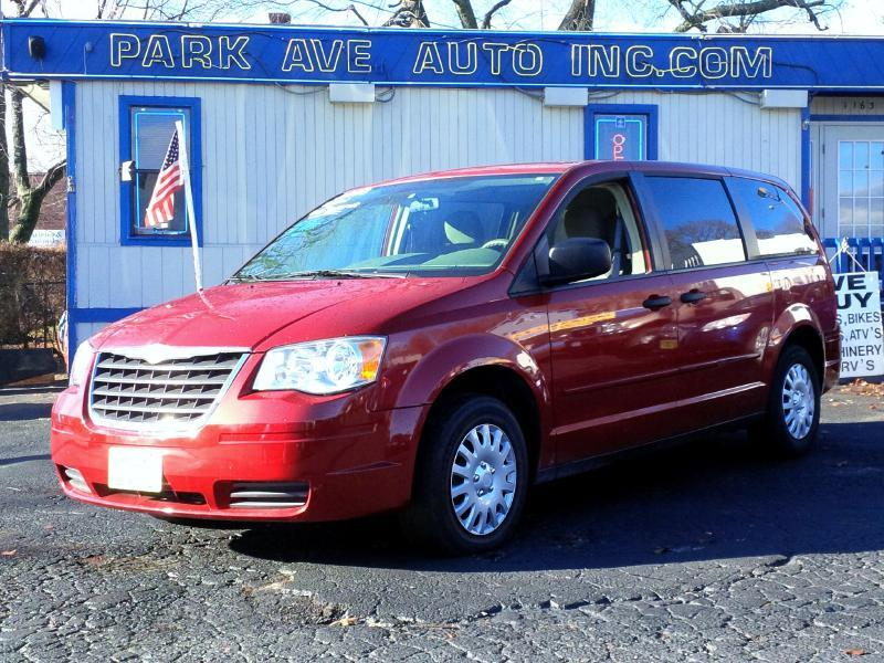 2008 chrysler town and country lx 4dr mini van in worcester ma park ave auto. Black Bedroom Furniture Sets. Home Design Ideas